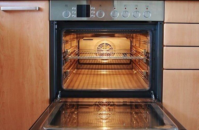 学会这几步,让您烤箱的玻璃光亮如新!