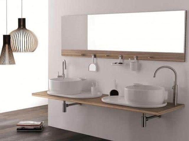 卫生间里的浴室镜,用得好能让房间大一倍