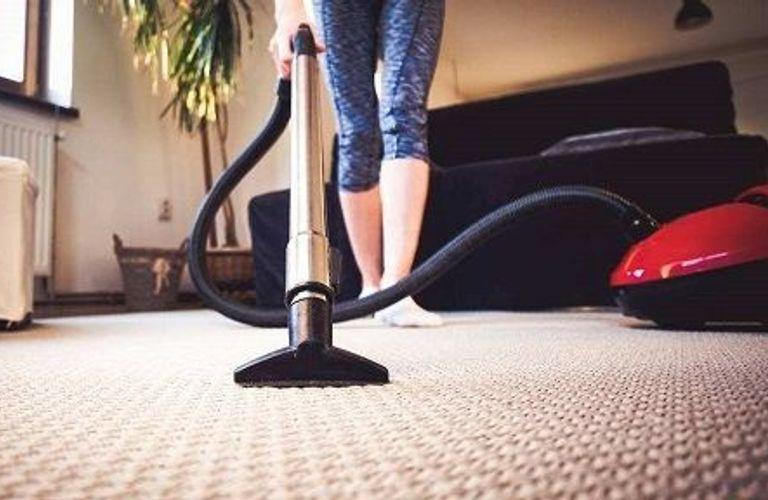 如何清洗家中地毯