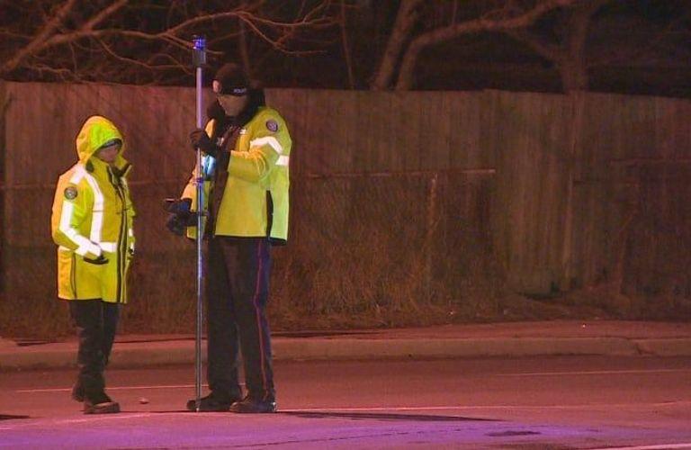 北约克14岁男孩被撞飞18米,寻找现场目击者