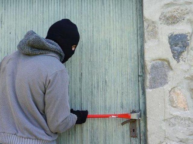 加拿大家里如何防盗?我们教你几招!