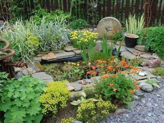 多伦多园艺怎么做?花草、花坛、石雕一个都不能少