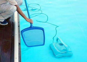 游泳池维护