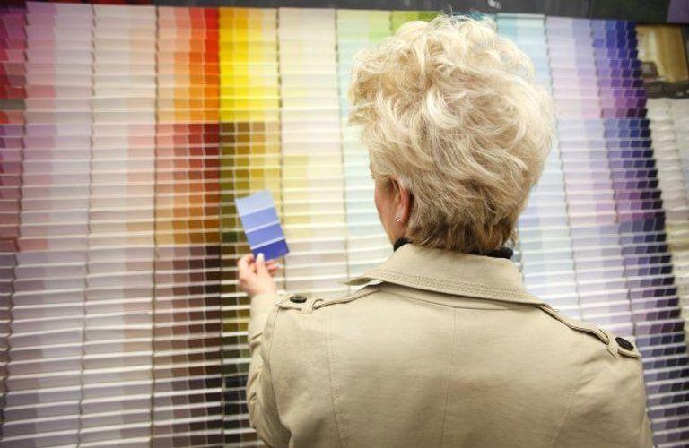 油漆种类繁多,该如何选择?